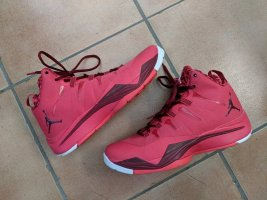 Jordan Lace-Up Sneaker raspberry-red-brick red