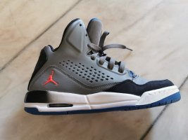 Jordans zu verkaufen