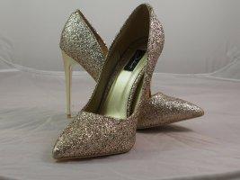 Juliet Gold lack Pumps, Black High Heels, Peep Toes Size 39 – NEU