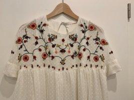 Jumpsuit Plumetis Kleid von zara mit Blumen Stickerei XS