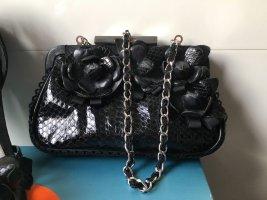 Karen Millen Abendtasche aus Leder in schwarz