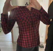 Kariertes Hemd (schwarz/rot)