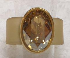 Pierścionek z ozdobnym kamieniem złoto-jasnobrązowy