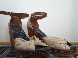 Keil-Sandale