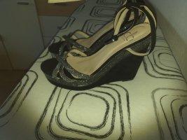 Keilabsatz Schuhe. Gr.39. Neu
