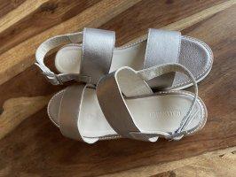 Keinmal getragene Hallhuber Sandalen