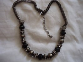 Necklace brown