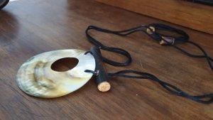 Collana nero-crema