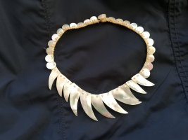 African Style Collar de conchas blanco puro-crema