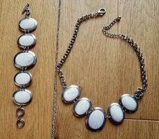 Kette und Armband mit runden Anhängern silber weiß