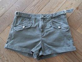 khakigrüne Shorts von bebe Gr. 29 (Gr. 38)