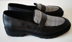 Kiomi Slippers black-white leather