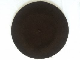 Beret dark brown new wool