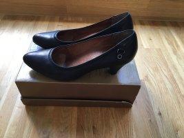 Klassische Lederpumps in Schwarz, 5cm Absatz
