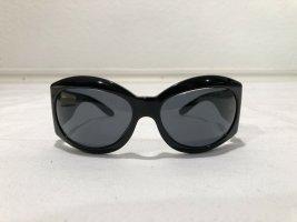 Klassische schwarze Chanel Sonnenbrille mit Perlmutt-Logo