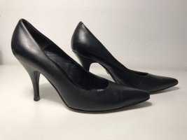 5th Avenue Pointed Toe Pumps black