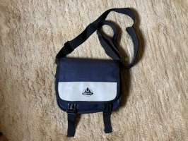 Vaude Sporttas donkerblauw-wolwit