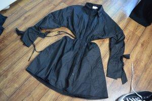 Kleid Mit Hüftdetail Angelica Blick x NA-KD Schwarz 38