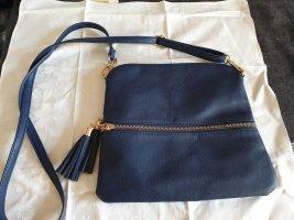 kleine blaue Tasche