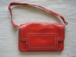kleine rote tasche zara