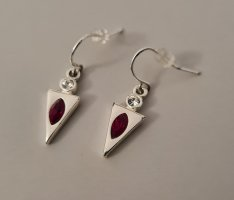 Scarlet Bijoux Wiszące kolczyki srebrny-ciemnoczerwony