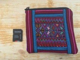 kleine Tasche Geldbeutel aus Stoff Nepal vorne bunt hinten schwarz