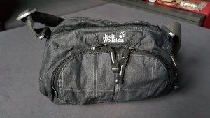kleine Tasche mit viel Platz