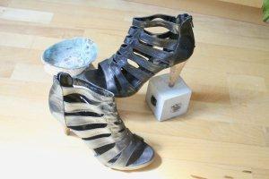 Knöchelhohe Schuhe MISSR