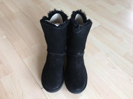 Koolaburra by UGG Snow Boots black