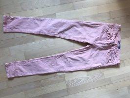 Korallefarbene Jeans