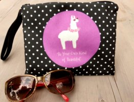 "Kosmetiktasche mit Lamamotiv ""Be Your Own Kind of Beautiful"" NEU"