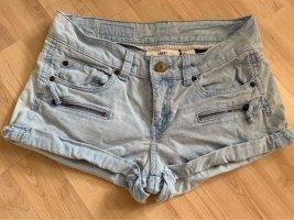 H&M Shorts light blue-azure