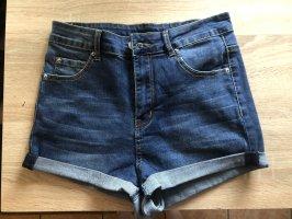 Kurze Hose / Shorts
