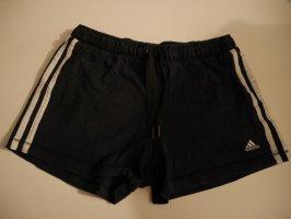 kurze Hose von adidas aus Sweatstoff