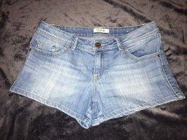 kurze Hotpants von Pimkie