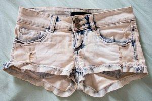 Kurze Jeans-Shorts Größe 32