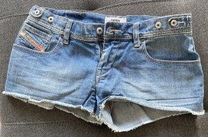 Kurze Jeansshort von Diesel