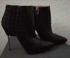 Gwen Stefani Peep Toe Booties black