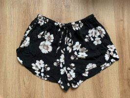 Brandy & Melville High waist short zwart-wit