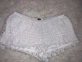 Kurze weiße Short