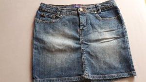 kurzer Jeansrock