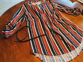 kurzes Kleid ind rot schwarz weiß mit Gürtel