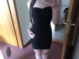 H&M Sukienka z dekoltem typu bandeau czarny