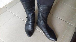 Vagabond Short Boots black leather