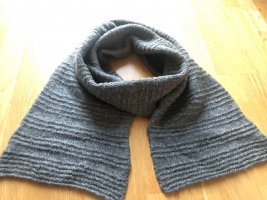 Knitted Scarf grey