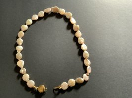 Collier de perles crème