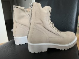 Lace-up Booties oatmeal
