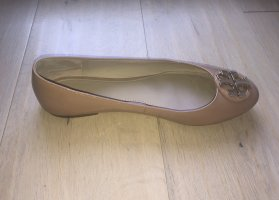 Tory Burch Ballerina di pelle verniciata color cammello-sabbia Pelle