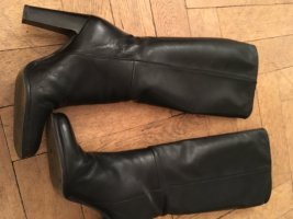 Lässige schwarze Stiefel mit Absatz