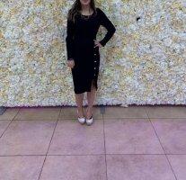 Langärmliges schwarzeskleid